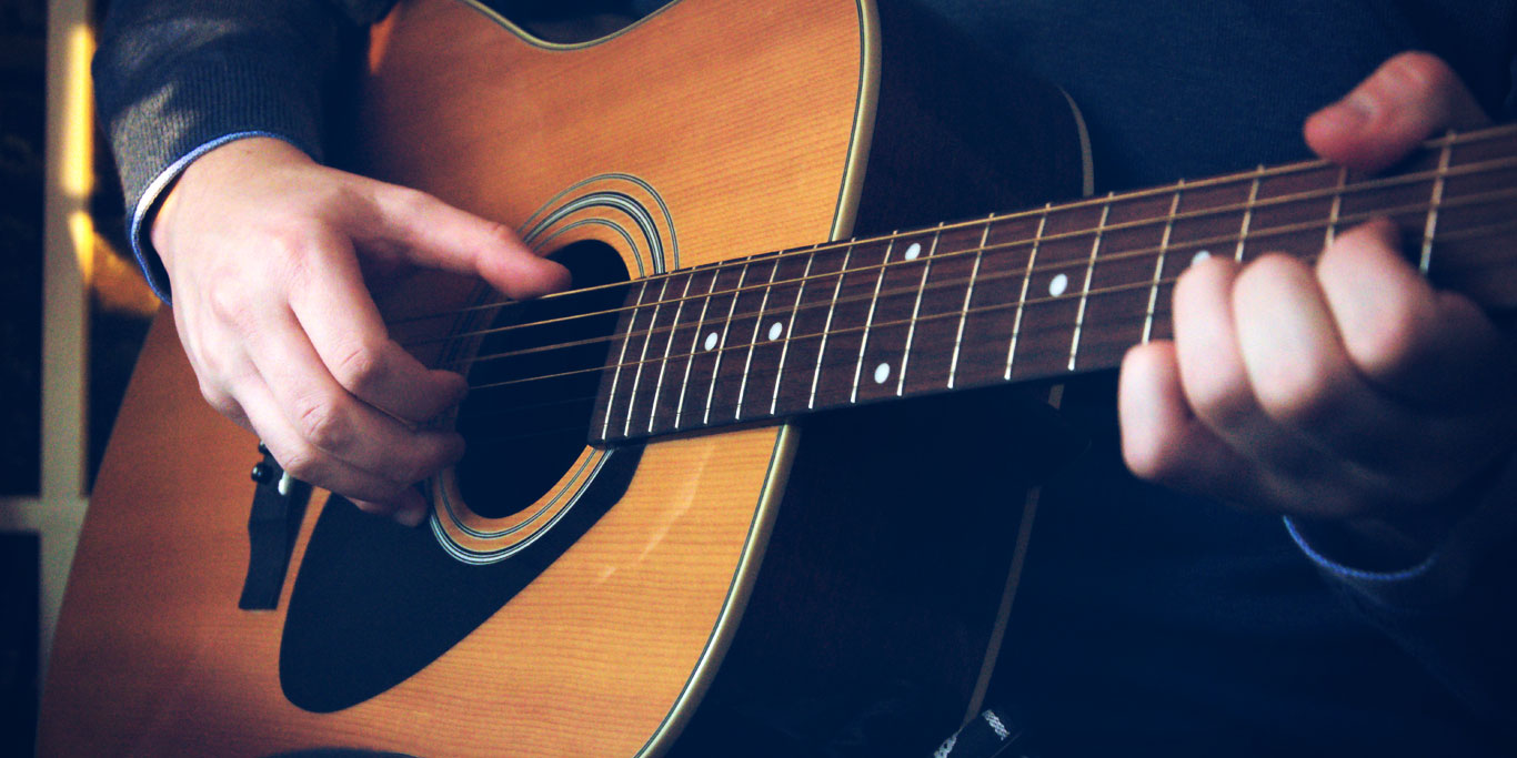 How to become a guitar teacher: 9 tips from a pro