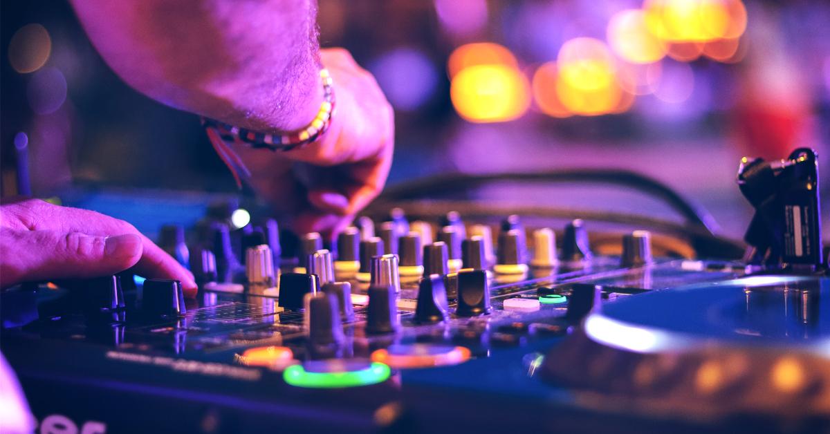 How to build a DJ website