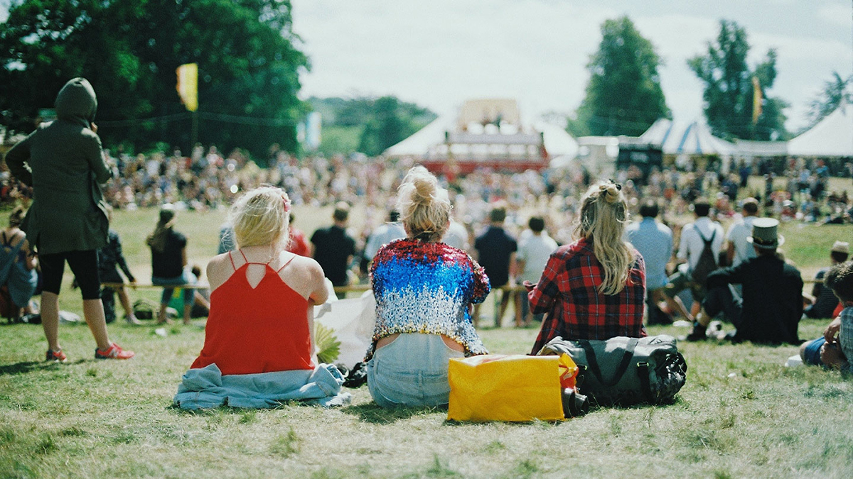 Bandzoogle Blog - How to get booked at music festivals - main