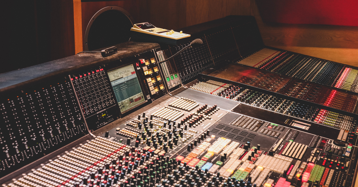 3 Modern Tips for Achieving a Professional Quality Recording on a Budget